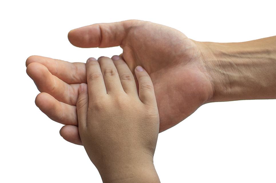 Vater und Kind geben sich die Hand