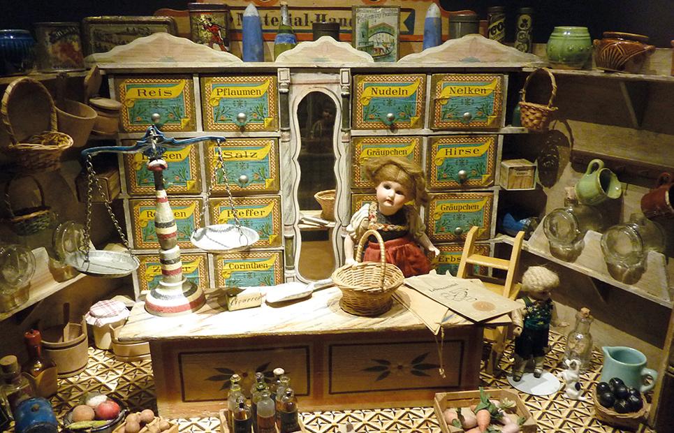 Historische Puppenküche